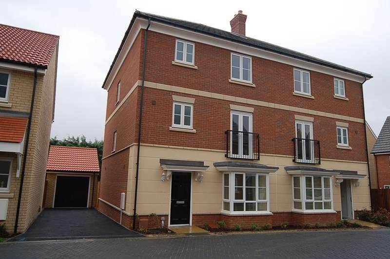 5 Bedrooms Semi Detached House for rent in Bridge Farm Close, Mildenhall, Bury St. Edmunds