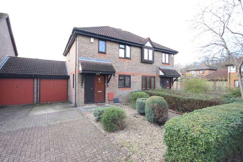 3 Bedrooms Semi Detached House for sale in Barley Mead, Warfield