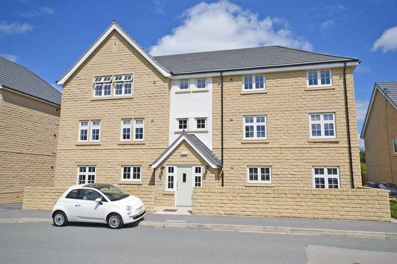 2 Bedrooms Apartment Flat for sale in 39 Hawthorn Road, Steeton,