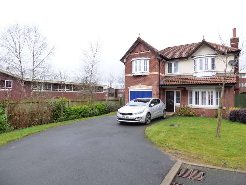 4 Bedrooms Detached House for sale in Higherbrook Close, Bolton, Greater Manchester, BL6