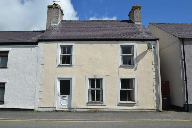 3 Bedrooms End Of Terrace House for sale in High Street, Llanerchymedd, North Wales