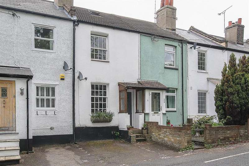 2 Bedrooms Cottage House for sale in Coxtie Green Road, Pilgrims Hatch, Brentwood