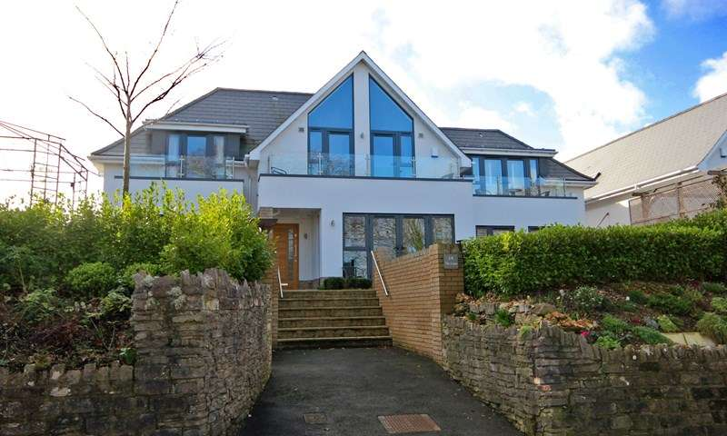 2 Bedrooms Town House for sale in Saxonbury Road, Tuckton, Bournemouth