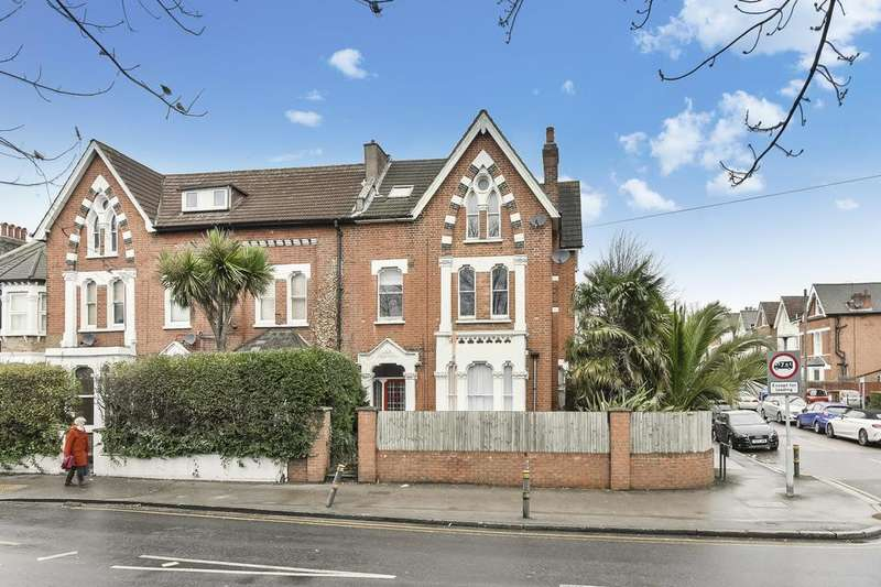 7 Bedrooms House for sale in Kingsdown Road, London N19