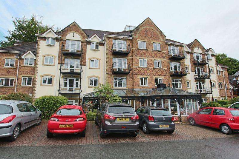 2 Bedrooms Apartment Flat for sale in Pegasus Court, Bury Road, Rochdale OL11 4EA