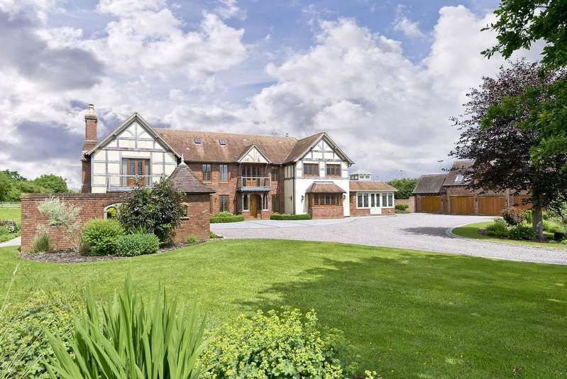 6 Bedrooms Detached House for sale in Stratford Road, Henley In Arden
