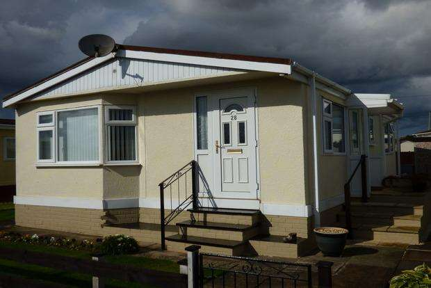 2 Bedrooms Park Home Mobile Home for sale in Sunnyside Park, Sea Lane, Skegness, PE25