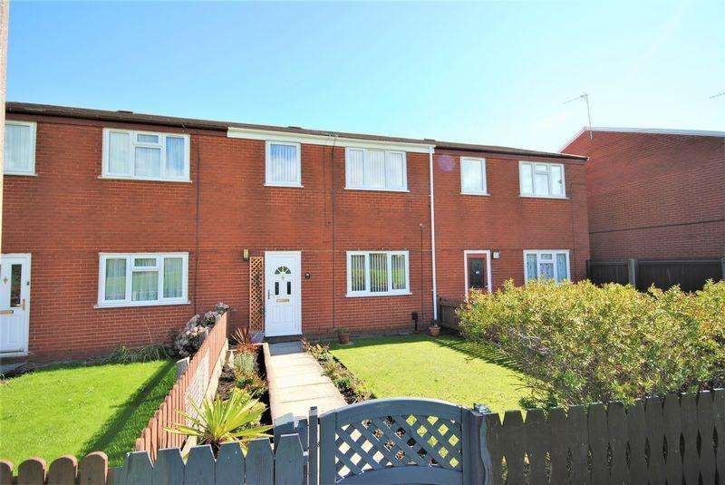 3 Bedrooms Terraced House for sale in Witley Avenue, Moreton