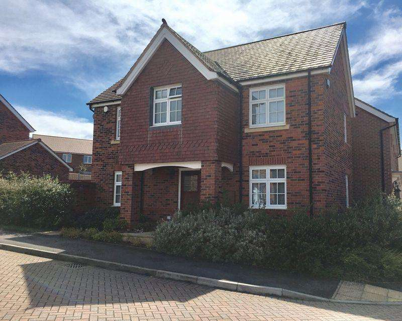 4 Bedrooms Detached House for sale in Newman Drive, Church Gresley