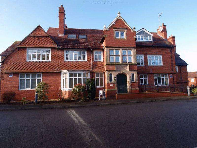 3 Bedrooms Apartment Flat for sale in Talbot Road, Oxton