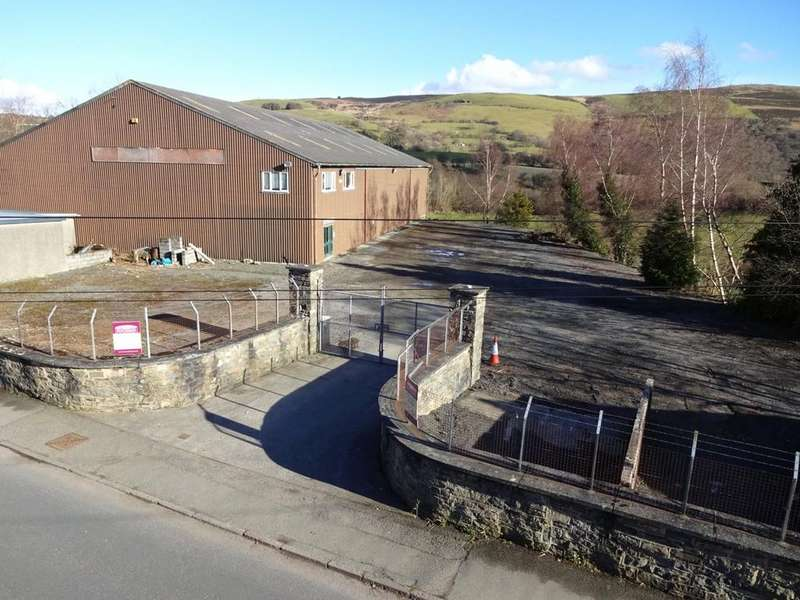 Parking Garage / Parking for sale in East Street, Rhayader, Powys