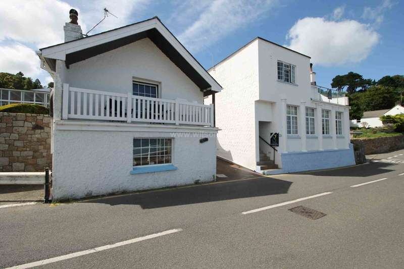 5 Bedrooms Detached House for sale in St Martin