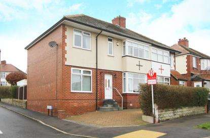 4 Bedrooms Semi Detached House for sale in Hurlfield Avenue, Sheffield, South Yorkshire