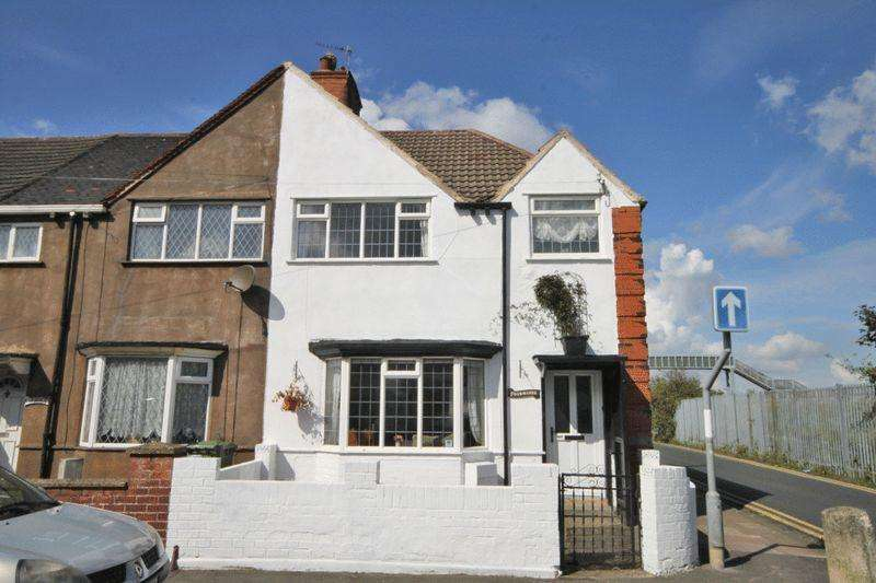 3 Bedrooms Terraced House for sale in MANCHESTER STREET, CLEETHORPES
