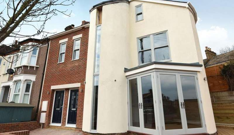 2 Bedrooms Semi Detached House for sale in 89 ,Pascoe Road, Hither Green SE13