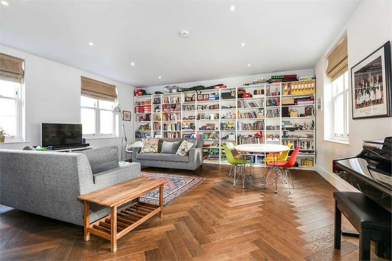 3 Bedrooms Flat for sale in Hatters Court, Redcross Way, London, SE1