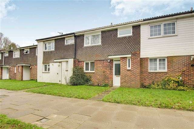 3 Bedrooms Terraced House for sale in Bewbush, Crawley