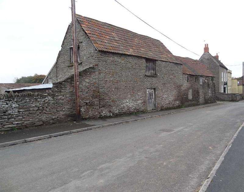 Barn Character Property for rent in Castle Farm Road, Hanham