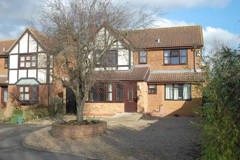 4 Bedrooms Detached House for sale in Dugdale Avenue, Bidford-on-Avon, B50