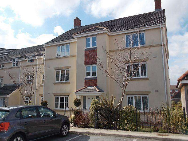 2 Bedrooms Flat for sale in Cravenwood Rise, Bolton
