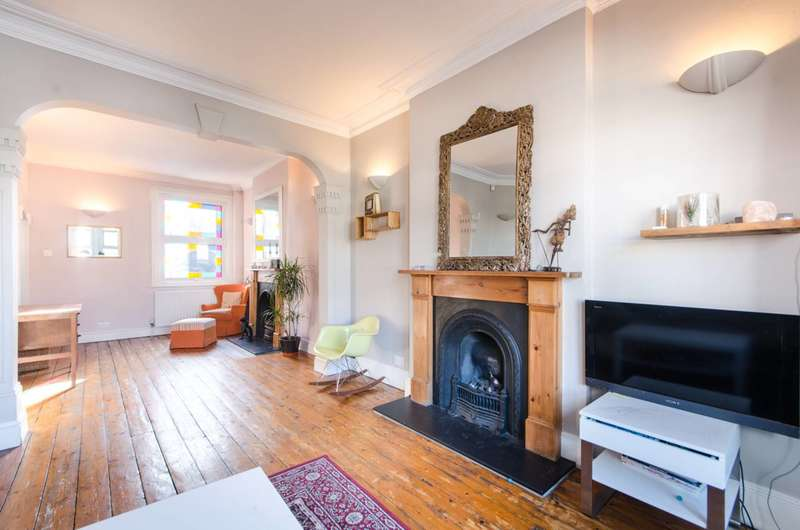 3 Bedrooms Terraced House for sale in Harlesden Road, Willesden Green, NW10
