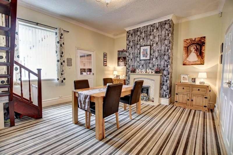 2 Bedrooms Terraced House for sale in Darwin Street, Southwick