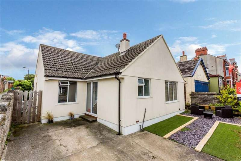 2 Bedrooms Detached Bungalow for sale in Albany Road, Peel, Isle of Man