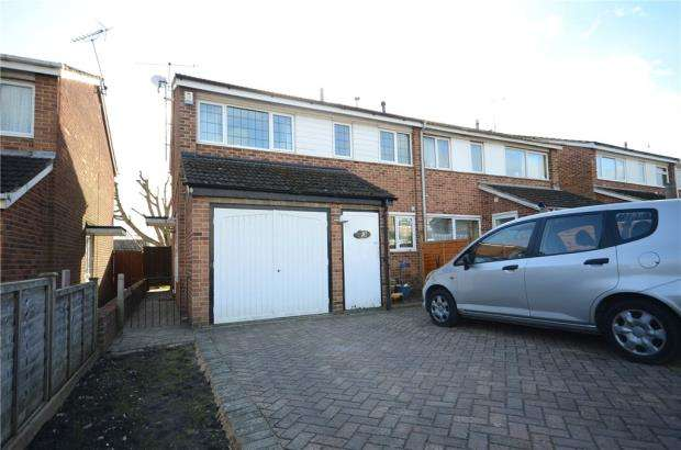 3 Bedrooms Semi Detached House for sale in Osterley Drive, Caversham, Reading