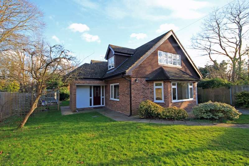 4 Bedrooms Detached House for sale in Chalk Road, Ifold, RH14