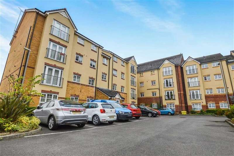 2 Bedrooms Apartment Flat for sale in Bowden Court, Old Trafford, Manchester, M16