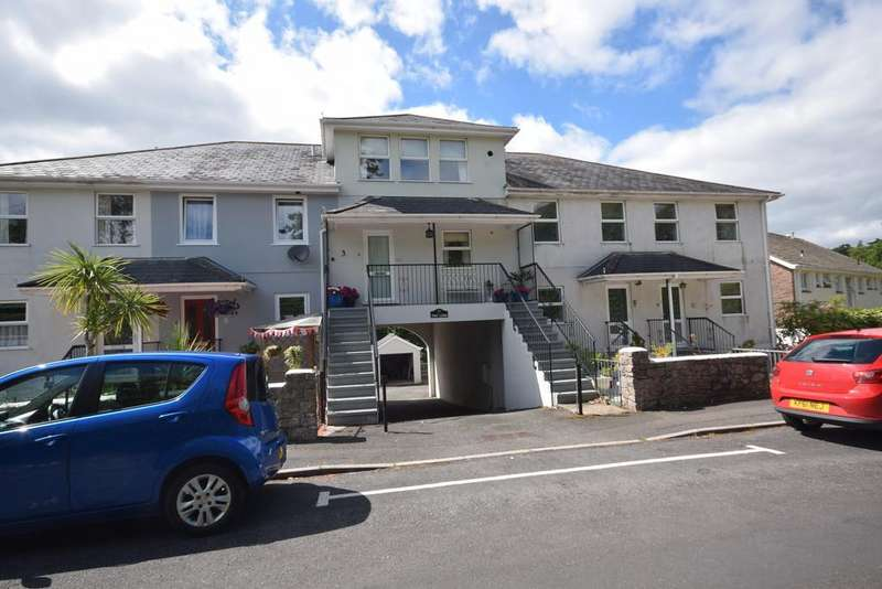 2 Bedrooms Terraced House for sale in Lower Woodfield Road, Torquay