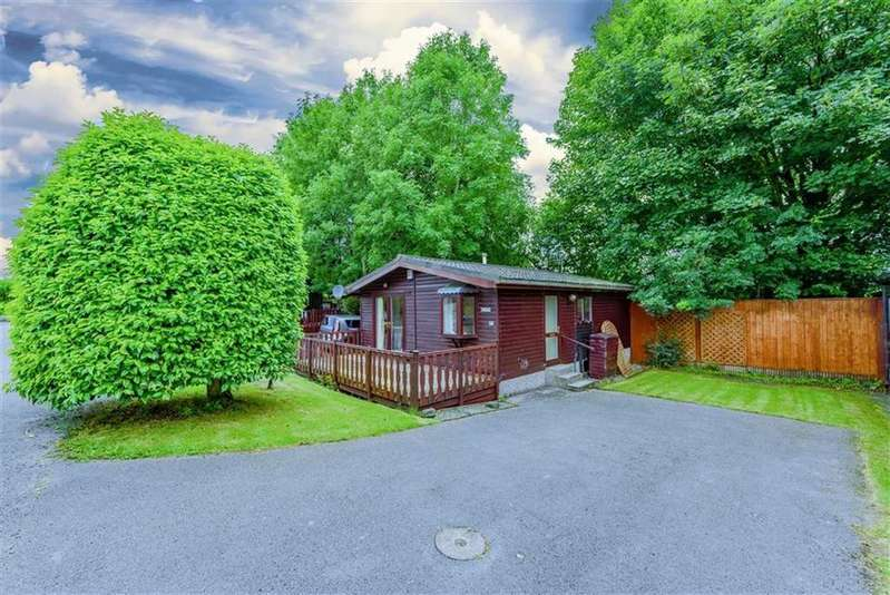 2 Bedrooms Chalet House for sale in Lodge 12, Millness Caravan Park, Milnthorpe, Cumbria