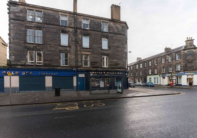 4 Bedrooms Flat for sale in Ferry Road, Leith, Edinburgh, EH6 4ET