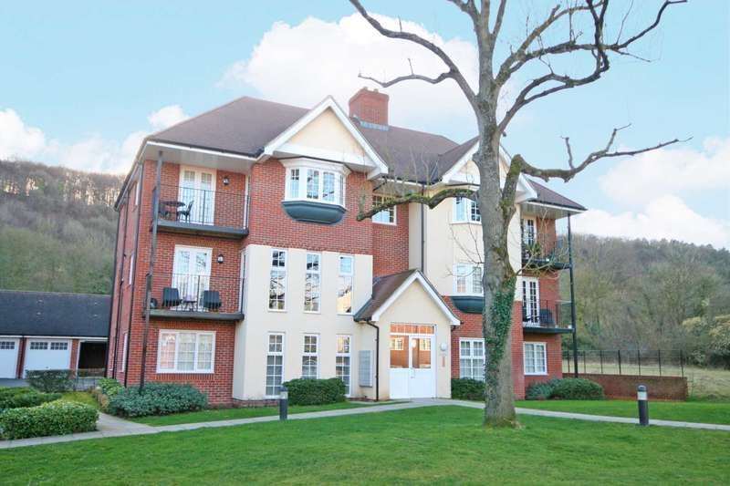 2 Bedrooms Apartment Flat for sale in Wendover