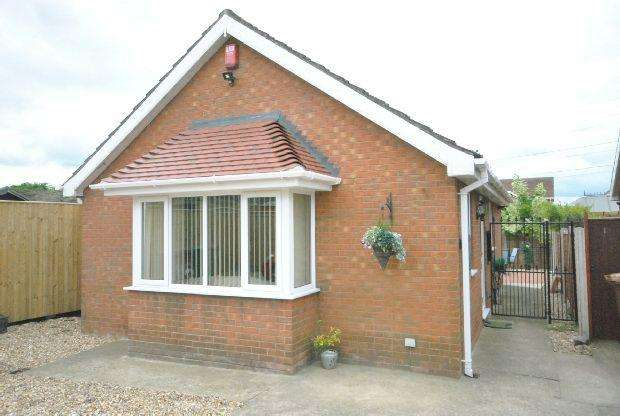 1 Bedroom Detached Bungalow for sale in Defender Drive, GRIMSBY