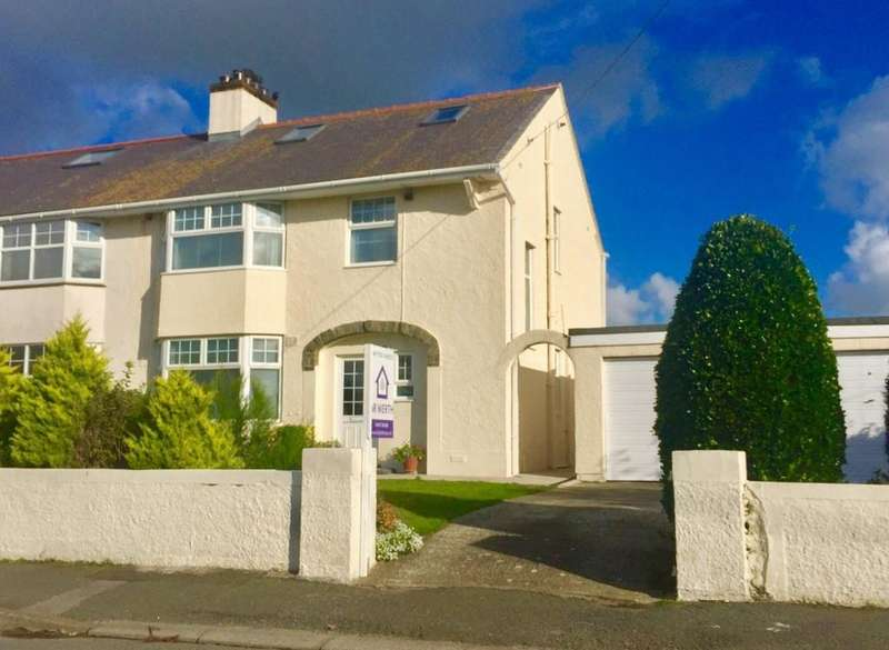 3 Bedrooms Semi Detached House for sale in Station Road, Rhosneigr, North Wales