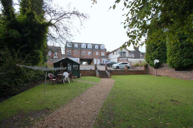 3 Bedrooms Apartment Flat for sale in Mere House, Alsager