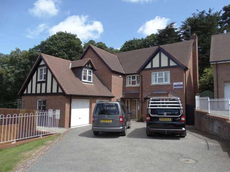 5 Bedrooms Detached House for sale in 7 Cwrt Bedw Pen Y Bryn Road, Upper Colwyn Bay, LL29 6AE