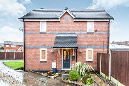3 Bedrooms Semi Detached House for sale in Collingwood Way, Westhoughton, Bolton, Greater Manchester, BL5