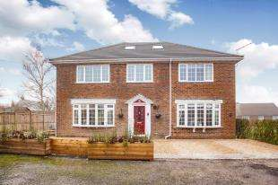 6 Bedrooms Detached House for sale in Tyler Hill Road, Blean, Canterbury