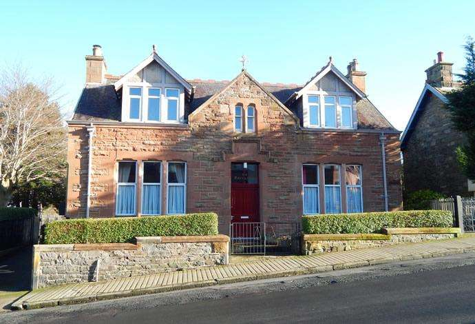 3 Bedrooms Flat for sale in Novar, 36 Balmoral Place, Galashiels, TD1 1JD