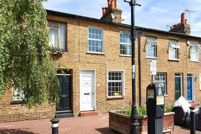 2 Bedrooms Terraced House for sale in Bexley Street, Windsor, Berkshire, SL4