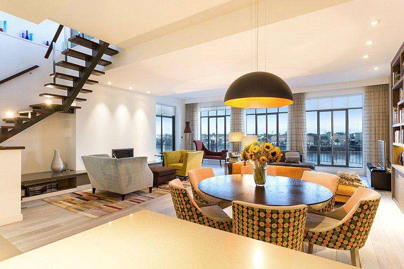 3 Bedrooms Flat for sale in Ratcliffe Wharf, 18-22 Narrow Street, London, E14