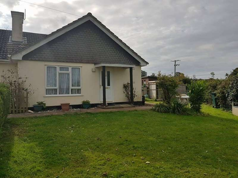2 Bedrooms Bungalow for rent in Hawkchurch, Axminster, Devon