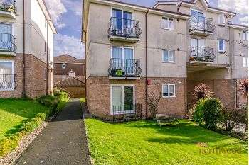 2 Bedrooms Flat for sale in White Friars Lane, Plymouth, PL4 9RA