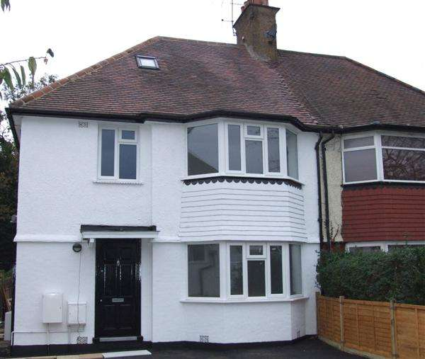 2 Bedrooms Apartment Flat for sale in Millway, London
