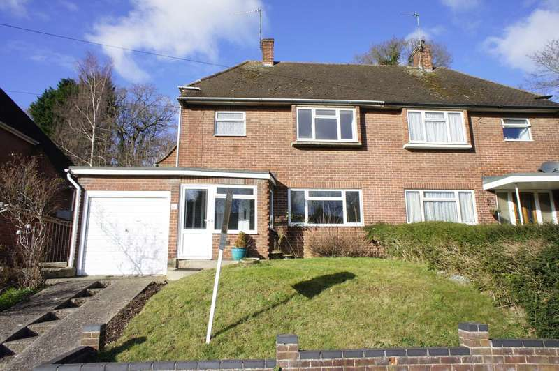 3 Bedrooms Detached House for sale in Rotherfield Way, Emmer Green