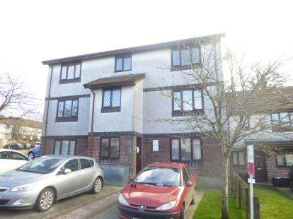 2 Bedrooms Flat for sale in Callington, Cornwall