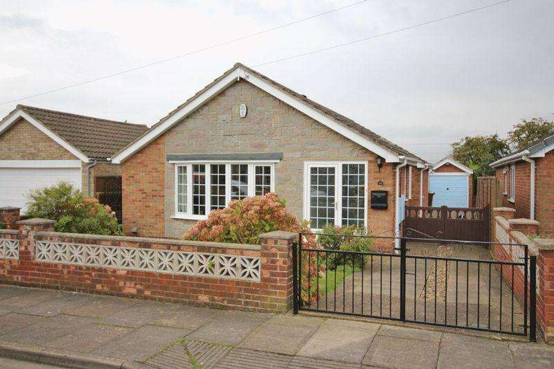 3 Bedrooms Detached Bungalow for sale in TORBAY DRIVE, SCARTHO
