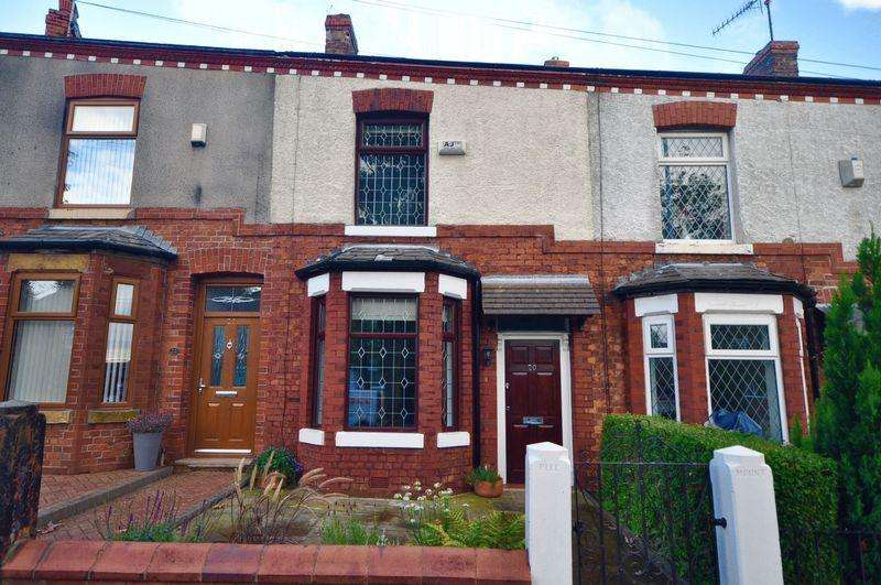 2 Bedrooms Terraced House for sale in Heywood Old Road, Rhodes, Manchester